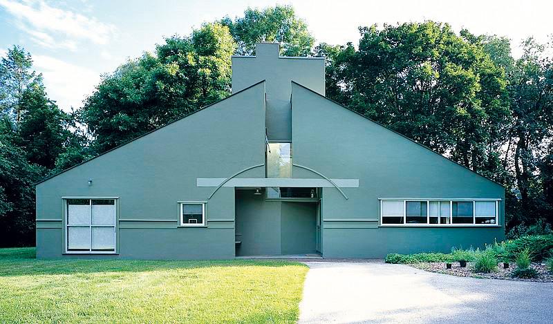 Robert Ventuti và ngôn ngữ của kiến trúc hậu hiện đại
