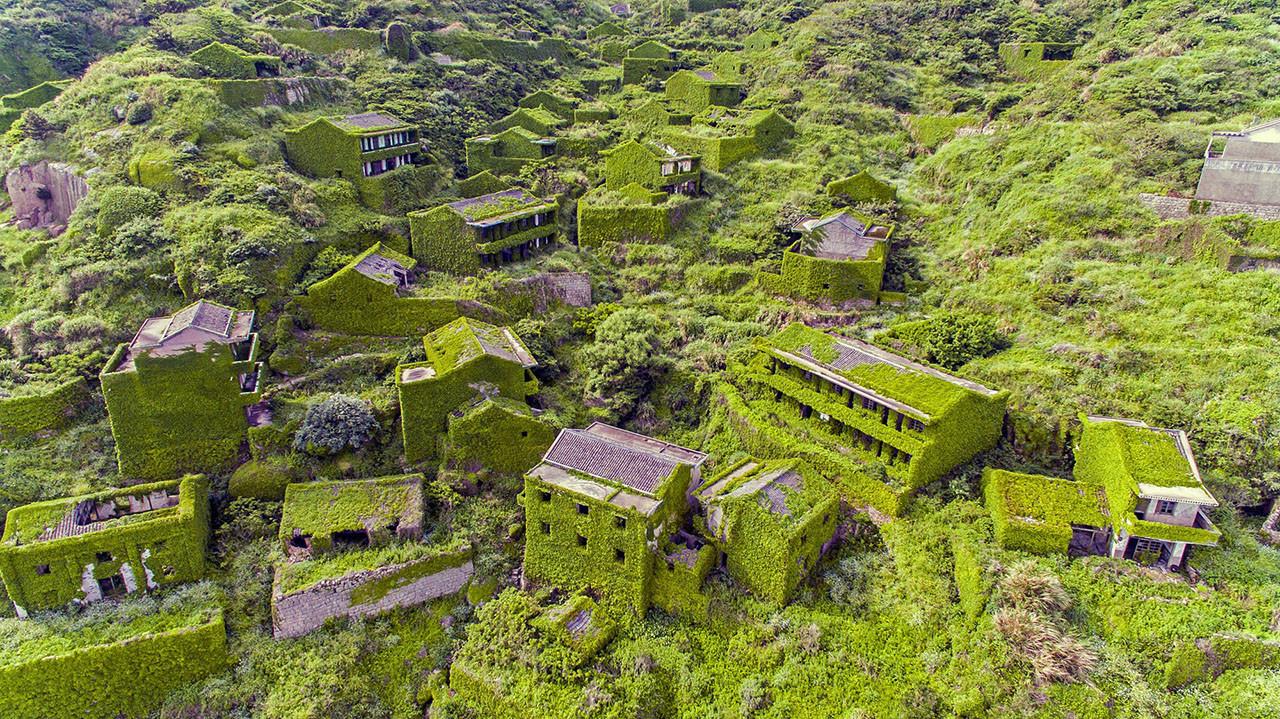 Vẻ đẹp của làng chài bỏ hoang ở Trung Quốc