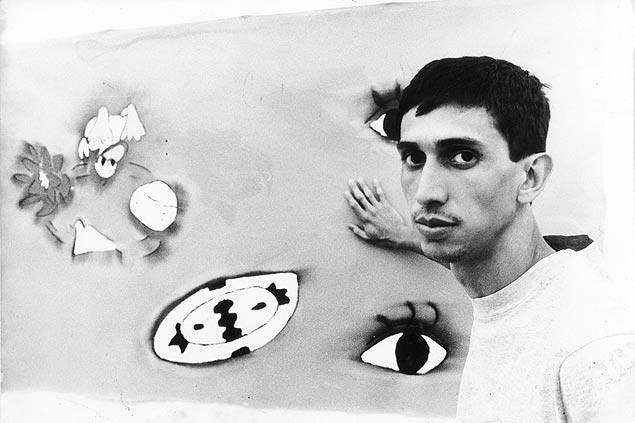 Nghệ sỹ José Leonilson: nhẹ tênh vì trong lòng trống trải